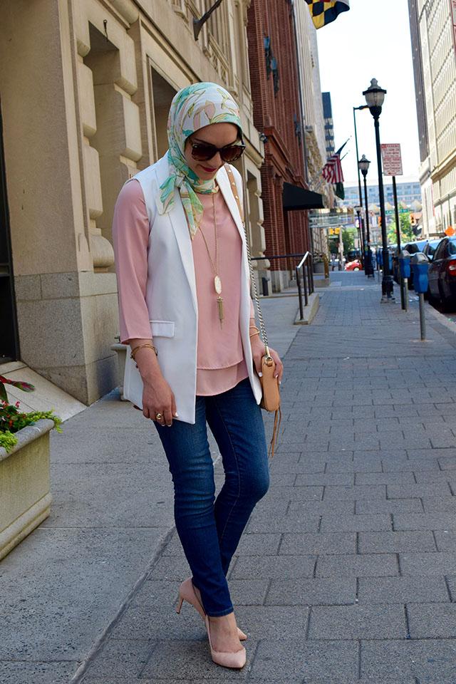 Sleeveless Open Front Blazer-Pink Blouse-Banan Republic Pink Hells-Hijabi Fashion-Rebecca Minkoff Mini MAC Bag-Kendra Scot Necklace