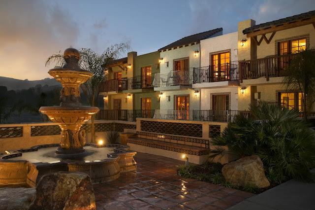 Indulge in elegant surroundings and gracious hospitality at the Avila La Fonda Hotel, San Luis Obispo, the grandest of Avila Beach Hotels.