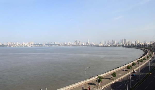 Chopper With 7 On Board Goes Missing Off Mumbai Coast, Mumbai, News, Ernakulam, Missing, Pilot, Message, Malayalees, Helicopter Collision, Obituary, National