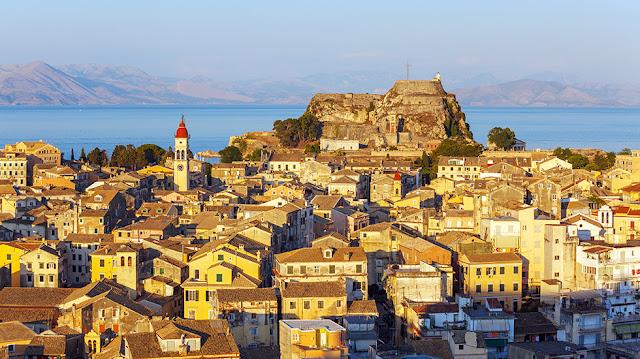 Cidade de Corfu, na Grécia