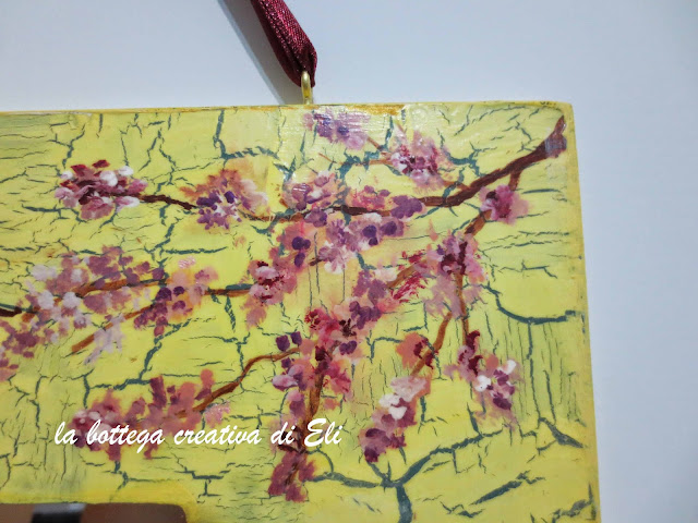 fiori-di-pesco-dipinti-su-decoupage