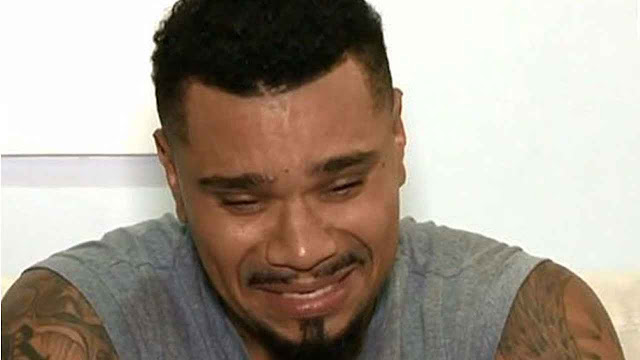 Naldo Benny chora e pede perdão a Moranguinho