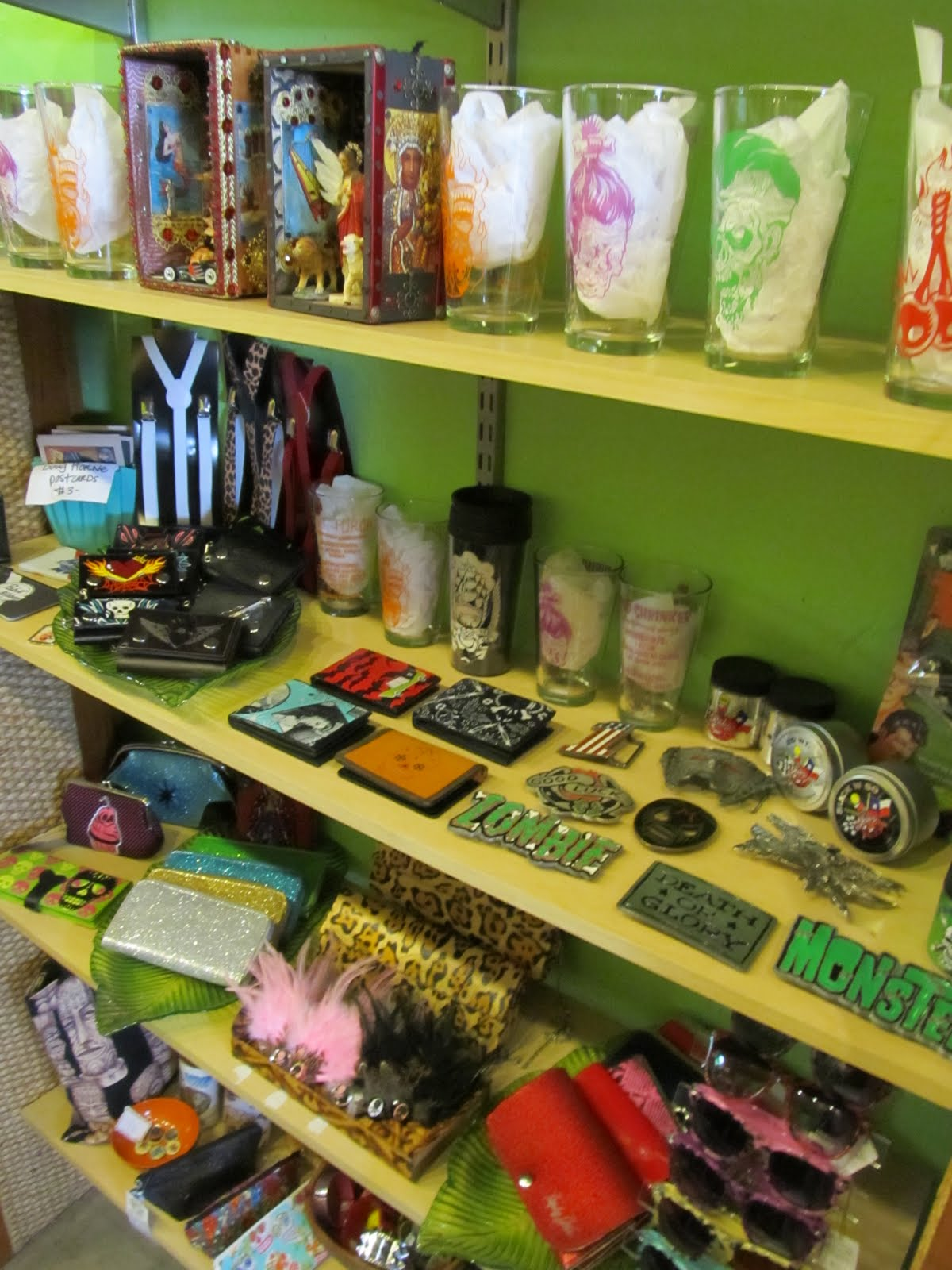 Great Vintage Clothing Long Beach Sneaky Tiki Boutique