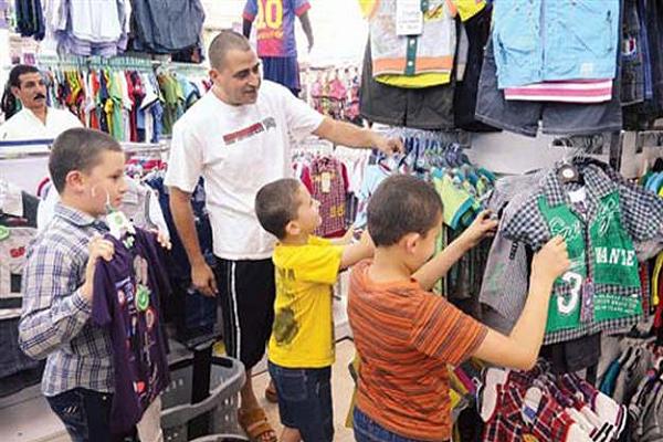 لهيب الأسواق ينتقل لمحلات الملابس في الأسبوع الأخير لرمضان