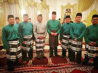 Pemuda PAS Perak Diperkenan Berbuka Bersama Sultan Perak