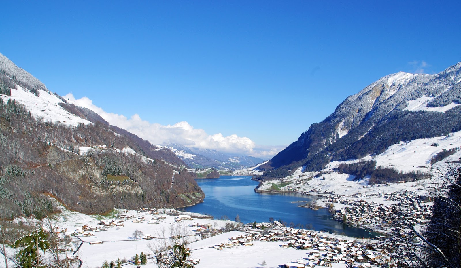 Lake Lungern Switzerland Winter