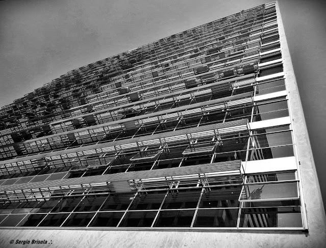 Perspectiva inferior do Edifício Palácio 5ª Avenida - Avenida Paulista
