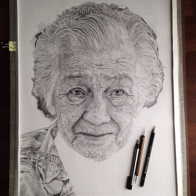 04-Beauty-comes-with-Age-Monica-Lee-zephyrxavier-Eclectic-Mixture-of-Pencil-Wild-Life-and-Portrait-Drawings-www-designstack-co