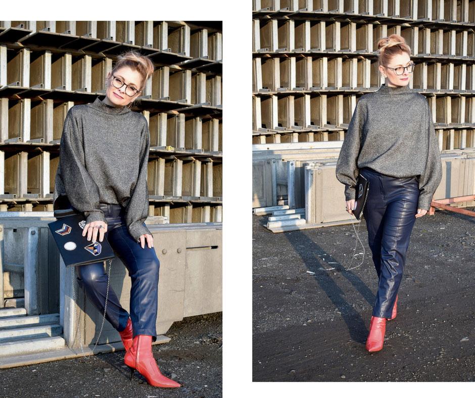 wie style ich Kunstleder, schwarzer Pullover mit weiten Ärmeln, Blau und Schwarz