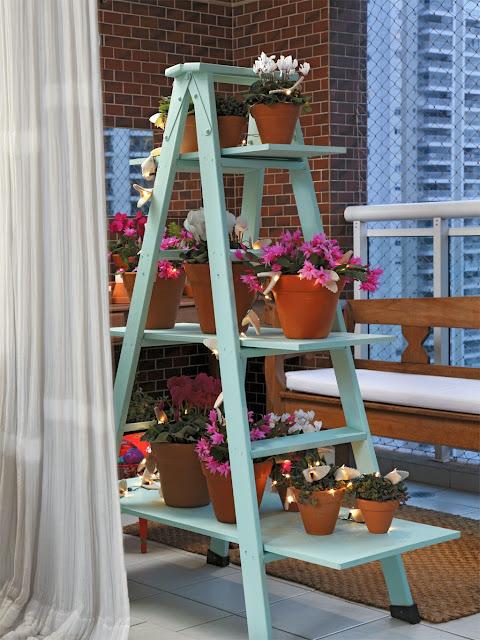 jardim-feito-com-escada-blog-achados-de-decoracao