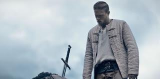 rey arturo la leyenda de excalibur: trailer final en castellano