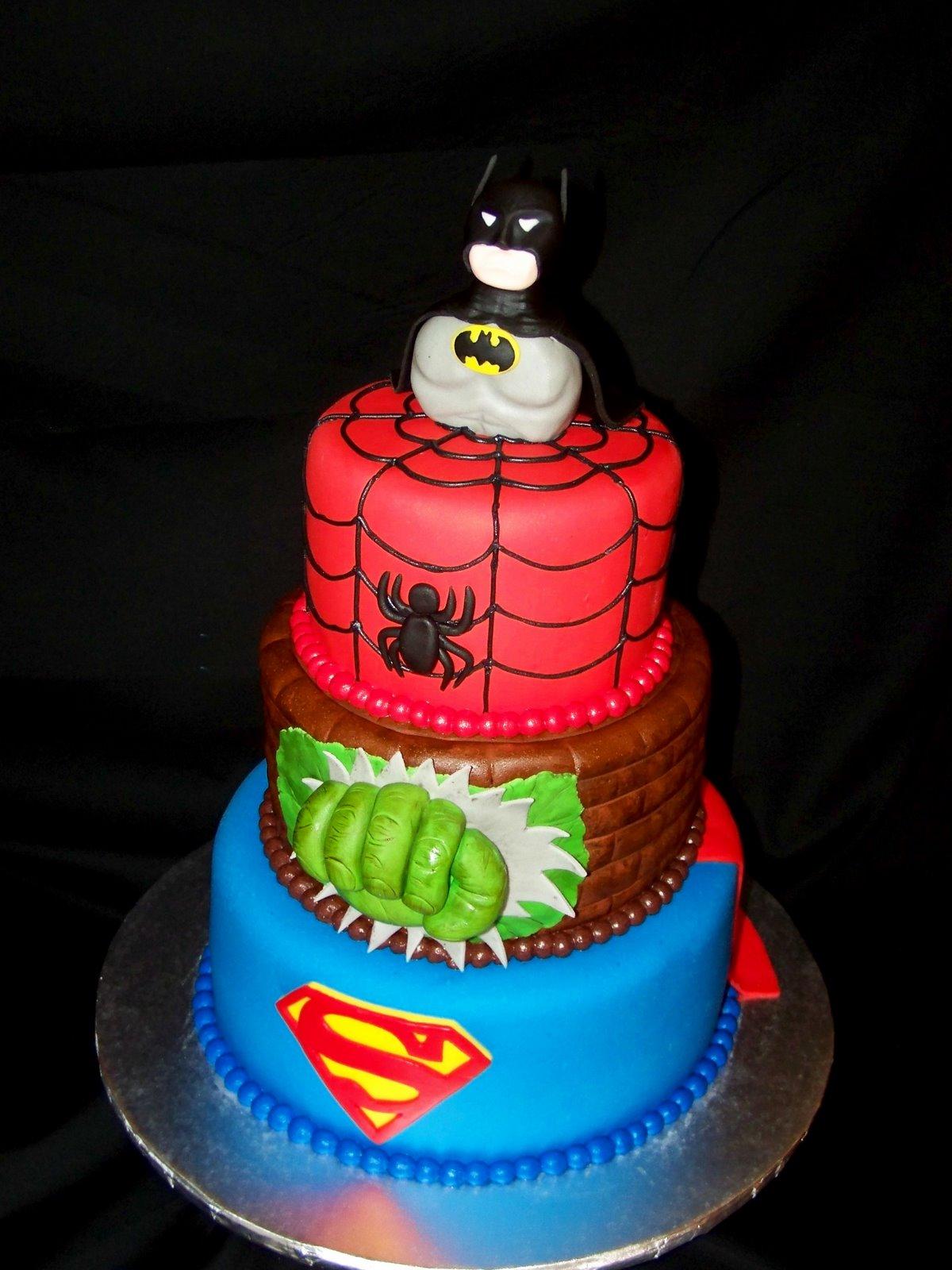 Superhero Birthday cakes - Cakes by Robin  |Superhero Cakes