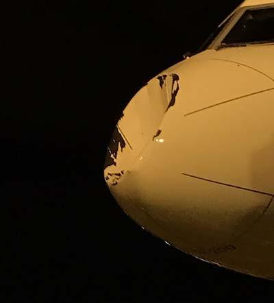 El daño del avión es significativo
