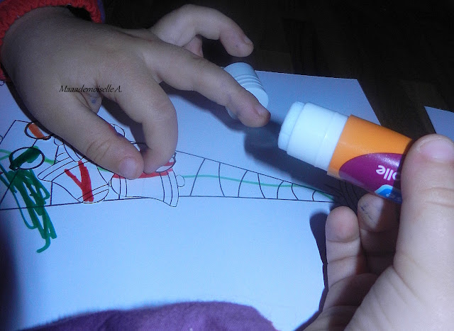 DIY : Réaliser une carte de Noël avec les enfants (+ printables)