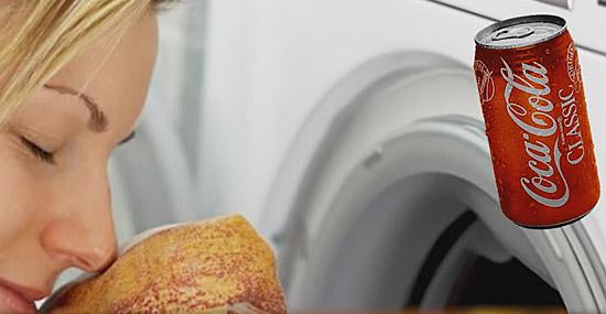 Truques de Limpeza com Coca-Cola - Removendo cheiro de gasolina