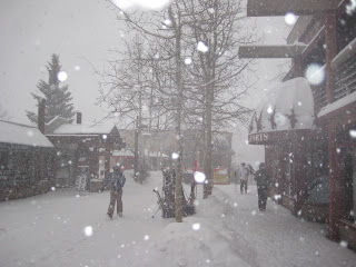 Major snow falling in the Snowmass Mall