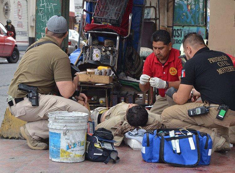 Balaceras en Monterrey dejan un ejecutado  y cinco lesionados