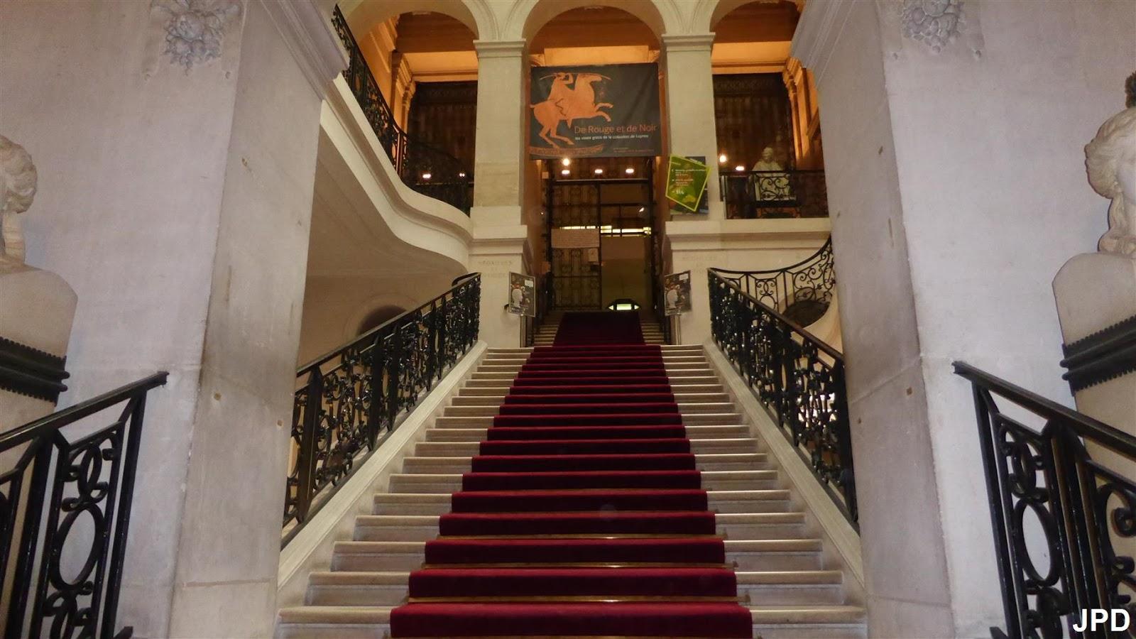 paris bise art le grand escalier de la biblioth que. Black Bedroom Furniture Sets. Home Design Ideas
