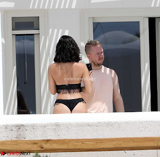 Georgia+May+Foote+in+Black+Bikini+candids+Stunnig+Ass+%7E+CelebsNext.xyz+Exclusive+Celebrity+Pics+022.jpg