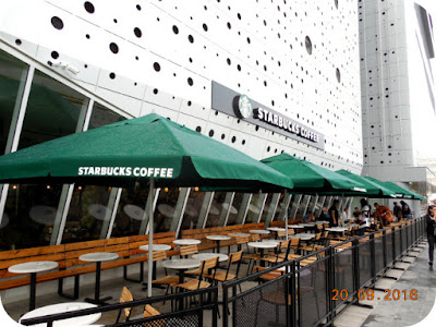 terasa Starbucks Coffee
