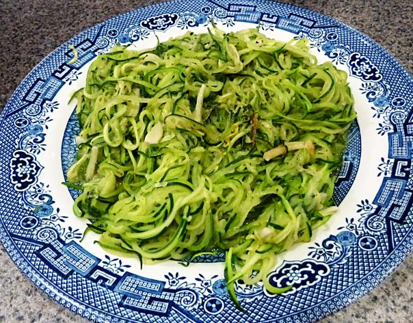 ZucchiniZoodlesP1000694.jpg