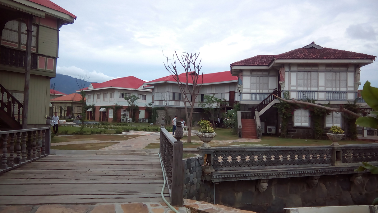 las casas filipinas de acuzar tour package