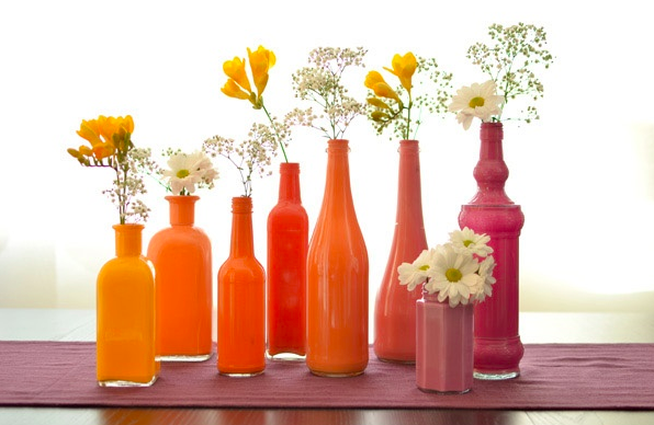 Centrotavola fai da te bottiglie colorate per mise en for Arte fai da te casa