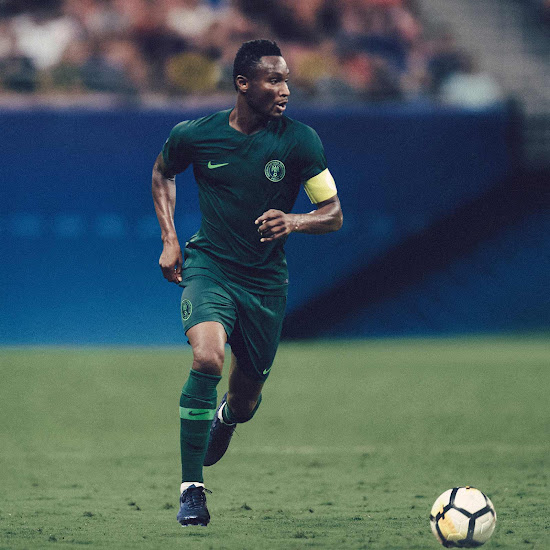 1a4ca3fbd The Nigeria 2018 away jersey is based on the 2018 Vapor Aeroswift template  and comes in a dark shade of green with a subtle zig-zag pattern on the  sleeves.