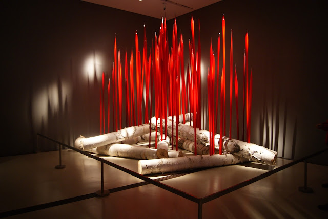 Chihuly, ROM, Royal Ontario Museum, Toronto, Exhibit, exhibition, culture, art, artmatters, glass blowing, american, sculptor, canada, the purple scarf, melanie.ps, Red Reeds on Logs