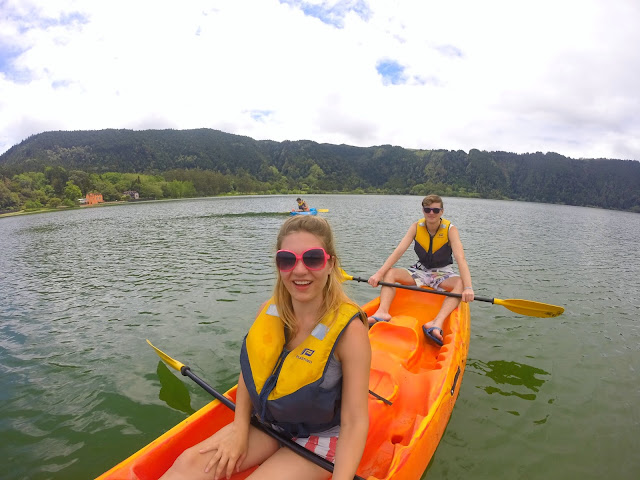 Canoeing on Lagoa das Furnas