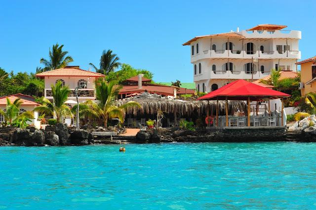galapagos hotel santa cruz