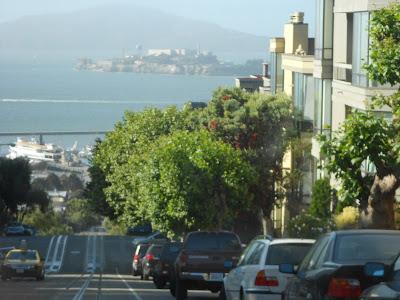 Chegando ao Pier - Alcatraz ao fundo - São Francisco