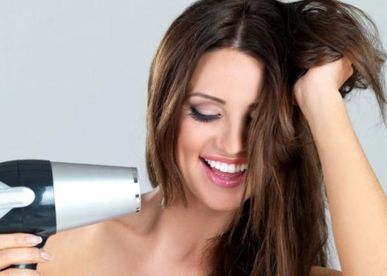 Hướng dẫn 5 cách chăm sóc mái tóc luôn óng mượt trong mùa đông