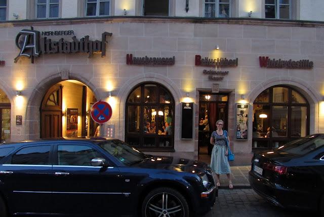 Restaurante Hausbrauerei Altstadthof, Nuremberg, Alemanha