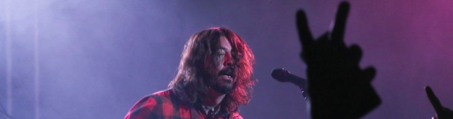 Video: Foo Fighters - The Sky Is A Neighborhood