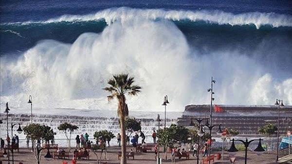 ADVERTENCIA: pronostican enormes olas en las costas de California , jamas antes vistas.