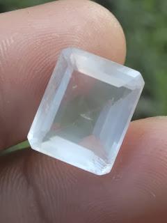 natural pink quartz