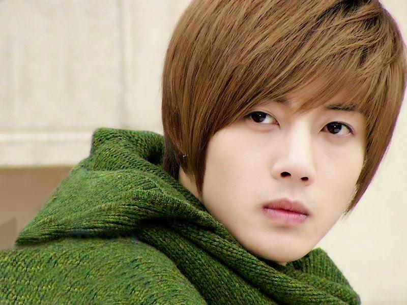 Uppss… Kim Hyun Joong Telah Hamili Pacarnya!