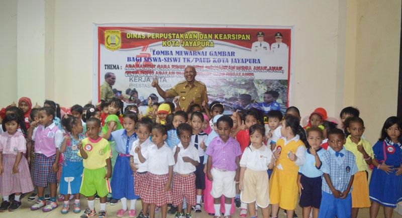Peringati Hut Ri Pemkot Gelar Lomba Mewarnai Gambar Dharapos Papua