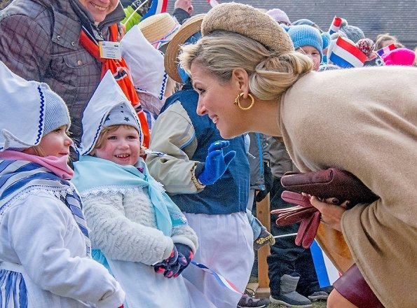 Queen Maxima wore Natan Dress coat, LK Bennett Shoes. Queen Maxima visit Germany
