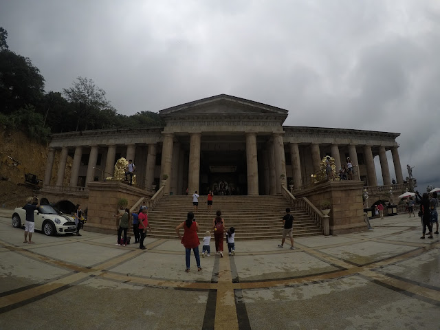 Twin city tour in Cebu stop: Temple of Leah