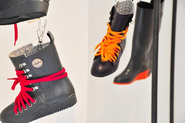 Nokia city rubber boots in garden - 1 3