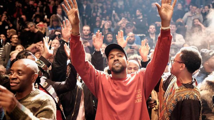 """""""Me dê o nome de um gênio que não seja louco"""", te desafia Kanye West em """"Feedback"""", do seu novo disco, """"The Life of Pablo""""."""