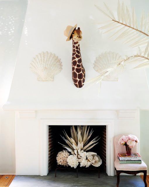 Interiors Decoration: Rebecca de Ravenel Los Angeles Home {Cool Chic Style Fashion}