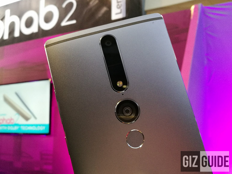 The first phone with triple cameras behind, PHAB2 Pro