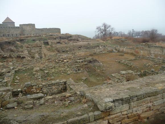 Белгород-Днестровский. Крепость Аккерман. Руины античного города Тиры