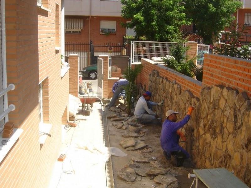 El maestro de obras xavier valderas aplacado de piedras - Piedra natural para paredes ...