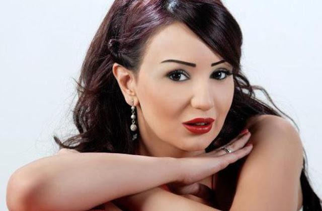الوسط الفني السوري يفجع لرحيل دينا هارون بعد ساعات من إجرائها عملية جراحية