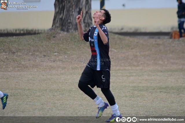 La séptima derrotó a Universitario por 3 a 0