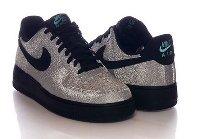 Nike Air Force 1 Low PRM Silver